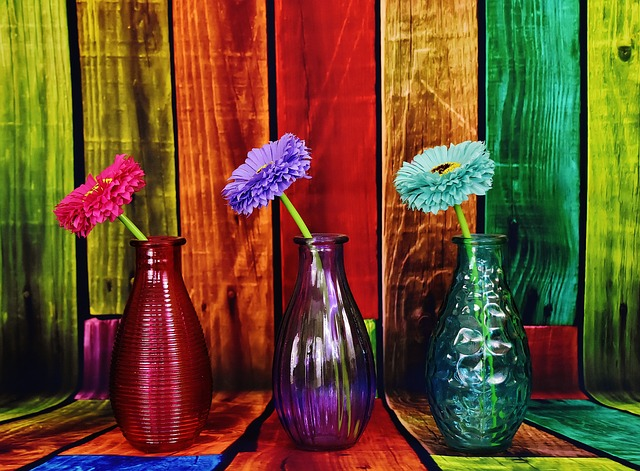 vases-2100987_640